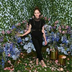 Mackenzie Foy & Misty Copeland Journey Into 'Nutcracker & the Four Realms' at NYC Pop-Up! Mackenzie Foy, Misty Copeland, Twilight Movie, Upcoming Films, The Four, Beautiful Actresses, Pop Up, All Black, Photo Galleries