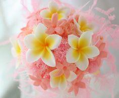 お姉さまから妹様へ、 贈られたサプライズのブーケ。 名古屋まで。  本番用のシェアブーケは、 生花で会場まで、宅急便でおとどけしました。...