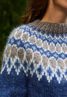 Knitting Designs, Knitting Projects, Knitting Patterns, Crochet Patterns, Norwegian Knitting, Icelandic Sweaters, Nordic Sweater, Fair Isle Knitting, Girls Sweaters