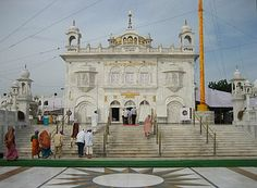Takht Sri Hazur Sahib, Nanded, built over the place where Guru Gobind Singh was cremated in 1708, the inner chamber is still called Angitha Sahib. |  Sikhpoint.com