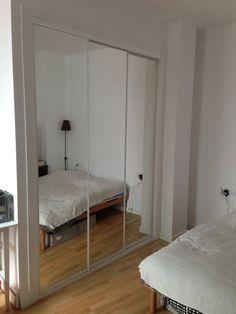 Vinilo para armario pax de ikea t armario y tus fotos for Vinilos armarios dormitorio