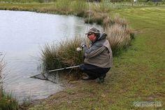 Rudy van Duijnhoven vangt regenboodforel