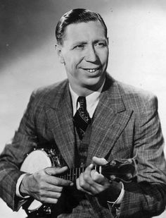 William Hartnell, Perfect Music, Next Film, Learn To Play Guitar, Funny Boy, Guitar For Beginners, Guitar Tips, Cool Guitar, Portrait Photo