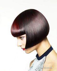 27 Angled Bob Hairstyles Trending Right Right Now for 2019 - Style My Hairs Short Bobs With Bangs, Medium Short Hair, Short Bob Wigs, Medium Hair Styles, Bob Hairstyles, Straight Hairstyles, Short Bob Styles, Creative Hair Color, Hair Color For Black Hair