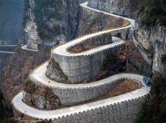 Stairway to Heaven – Tianmen Mountain
