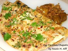These scrumptious egg-dipped parathas make for a heavy and satisfying brunch. The parathas can be prepared ahead and frozen until needed, so it makes for one of those very quick meals to put together and serve. Ideal for lazy weekend mornings. Egg Recipes, Indian Food Recipes, Healthy Recipes, Simple Recipes, Lunch Recipes, Vegetarian Recipes, Healthy Food, Recipies, Food N
