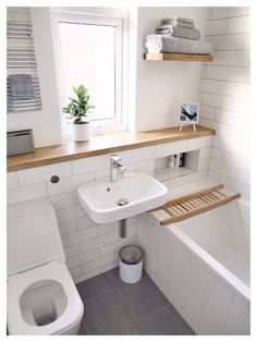 Ideas For A Very Small Bathroom. 37  Tiny House Bathroom Designs That Will Inspire You Best Ideas small compact bathroom VERY efficient layout Like the stainless
