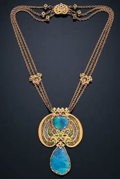 (another view of) Necklace | Louis Comfort Tiffany. Black opals, demantoid garnet, sapphire, enamel, gold. ca.1915-1920