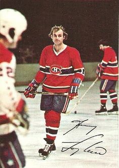 Guy Lafleur / Montreal Canadiens (and hockey in general) Hockey Shot, Hockey Teams, Ice Hockey, Montreal Canadiens, Funny Hockey Memes, Hockey Pictures, Of Montreal, Vancouver Canucks, Canada