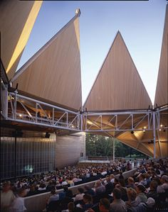 Bengt Sjostrom Starlight Theatre / Studio Gang Architects