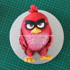 Angry Birds movie cake tutorial :) if you like the videos, please subscribe for more content ( it's free! ) and be sure to share the videos with your friends.