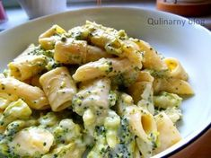 QULINARNY: Makaron z sosem serowo - brokułowym Pasta Recipes, Cooking Recipes, Vegetarian Recipes, Healthy Recipes, Foods With Gluten, Food Porn, Food And Drink, Yummy Food, Lunch