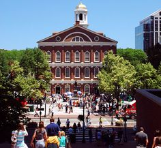 Who's ready for some street performers? I am! I'd literally sprint over to Faneuil Hall Marketplace to watch some performers and prepare myself for a little lunch!