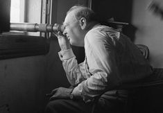 Winston Churchill alien hunter     - CNET Winston Churchill in Italy during the Second World War.                                                      IWM via Getty Images                                                  Winston Churchill best known for his incisive wartime leadership political acumen and biting insults was a man of many keen interests not the least of which science. Among his many essays he wrote about evolution cells and fusion power. He was also the first British Prime…