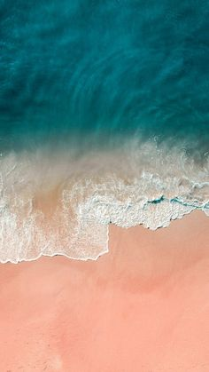 I love this one it's a really nice color! Iphone Wallpaper Ocean, Ios 11 Wallpaper, Original Iphone Wallpaper, Iphone Homescreen Wallpaper, Summer Wallpaper, Beach Wallpaper, Iphone Background Wallpaper, Nature Wallpaper, Mobile Wallpaper