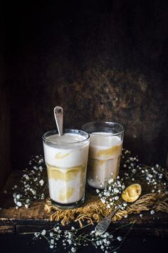 Banana peanut butter oat smoothie