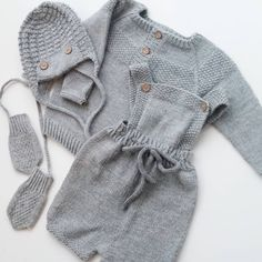 ~ Klompelompestrikk ~ #klompelompe #pilotlue #gullungenromper #gullguttengenser @klompelompe #babystrikk #guttestrikk #strikk #strikking #strikket #strikke #handmade #knitting_inspiration #knittinginspiration #yarn #ministil #strik #stricken #sticka #dropsgarn #knitforkids #dropsfans #knit #knitting #knitted #knittersofinstagram #knitstagram #instaknit Knitting Patterns, My Favorite Things, Mini, Sweaters, Fashion, Tricot, Sweater Vests, Breien, Moda