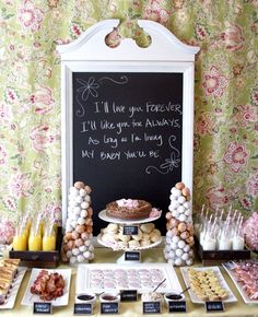 Ideas for a beautiful brunch table buffet for any occasion. This display makes brunch entertaining more special and will wow your guests. Baby Shower Brunch, Breakfast Baby Showers, Baby Shower Table Set Up, Fiesta Shower, Shower Party, Bridal Shower, Shower Set, Brunch Mesa, Comida Para Baby Shower