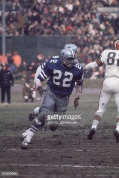 oh yea that comment u made bout this dead! ill know when its over jus gotta get personal life right Dallas Cowboys Football, Dallas Cowboys Pictures, Football Boys, School Football, Football Players, Nfl Uniforms, How Bout Them Cowboys, Football Conference, Football Photos