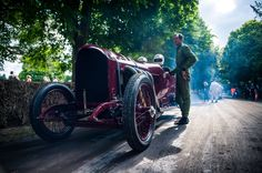Goodwood Festival of Speed 2016 Goodwood Festival Of Speed, Image Sharing, Antique Cars, England, Antiques, Vintage Cars, Antiquities, Antique, English
