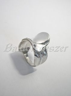 Ezüst nyereg gyűrű