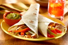 For an outdoor meal that's fun for everyone, serve up a sizzling batch of Grilled Chicken Fajitas! I LOVE me some fajitas! DEFINITELY I love chicken and fajitas is always on my menu every month! Grilled Chicken Fajitas, Chicken Fajita Recipe, Chicken Recipes, Shrimp Fajitas, Marinated Chicken, Meat Recipes, Goya Recipe, Chicken Slices, Mexican Food Recipes