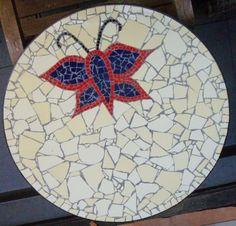 Mesa de mosaico – borboleta | Alem da Rua Atelier