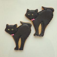 black kitty cookies