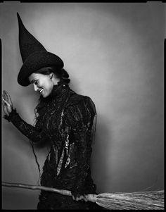 Idina Menzel... awesome idea for a Halloween shoot