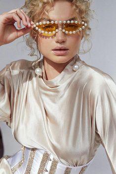 Kate Spade Women's Kiya/s Square Sunglasses, Peach, 53 mm – Fine Jewelry & Collectibles Stylish Sunglasses, Sunglasses Women, Beach Sunglasses, White Sunglasses, Trending Sunglasses, Mode Inspiration, Editorial Fashion, High Fashion, Fashion Photography