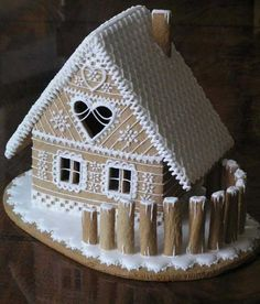 Gingerbread house with piping