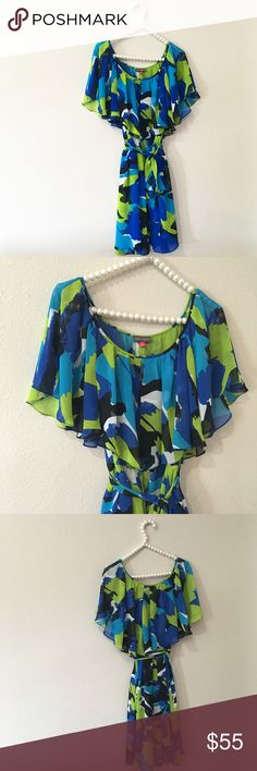Vince Camuto Flutter Print Dress So cute and perfect for any season! Bright print with flutter ruffle top detail. Excellent condition, no noticeable stains or flaws. No trades!! 0861630cmr Vince Camuto Dresses