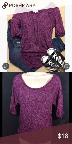 Olsenboye Oversized Pink/purple Sweater XS GUC. Very nice and soft little sweater. It's black and pink/purple depending on the light. Could be styled up or down. Runs large. Would Fit a small. Olsenboye Sweaters Crew & Scoop Necks