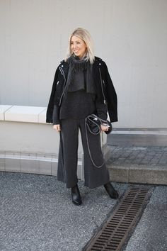 Culottes, Knit, Knitwear, Cos, Mango, Fake Leather, vegan, Stella McCartney, Acne, ootd, Outfit, lotd, Look, Streetstyle, Style, Winter, Fashion, Blog, stryleTZ