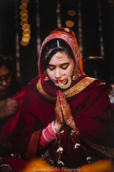 Perfectly Capturing The Bride During Rituals With Gold Jewellery And A Red Wedding Outfit by Gautam Khullar Wedding-photography Bridal-jewellery-and-accessories Groom Wedding Dress, Desi Wedding Dresses, Red Wedding, Wedding Bride, Wedding Ceremony, Reception, Indian Bridal Lehenga, Indian Bridal Outfits, Indian Wedding Jewelry