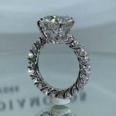 Cute Engagement Rings, Handmade Engagement Rings, Beautiful Diamond Rings, Beautiful Wedding Rings, Tanzanite Engagement Ring, Diamond Engagement Rings, Expensive Jewelry, Ring Verlobung, Luxury Jewelry
