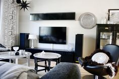 Olohuone // vardagsrum // livingroom // tine k home // reunionhome // ikea // hemnes // DIY