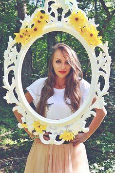 Lashes Tshirt Design http://www.tshirt-factory.ro/vendor/my-petite-giraphe-98/ #ladolcevitalifestyle #mypetitegiraphe #design #tshirtfactoryro #tshirtdesign #designer #lashes #watercolor #lips #tricou