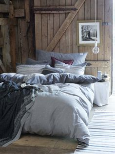 rustic bedroom decorating idea 47