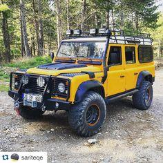 Land Rover Defender 110 Td4. Yellow Adventure.