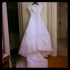 Selling this Wedding gown in my Poshmark closet! My username is: tmprincess. #shopmycloset #poshmark #fashion #shopping #style #forsale #Bonny #Dresses & Skirts