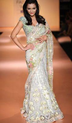 Indian saree, bollywood sarees. great reception style