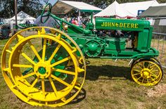 A vintage John Deere tractor at the 2012 New Forest Show