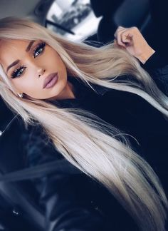 All about platinum crystal ash hair color! How about everything about this beautiful hair color? Hair color with platinum-ash crystal attracted a lot of attention on social . Beauty Makeup, Hair Makeup, Hair Beauty, Makeup Case, Makeup Kit, Makeup Products, Makeup Ideas, Black Women Hairstyles, Cool Hairstyles
