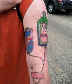 Una red bull e una bottiglia di jaghermhaister?? Okay..😂