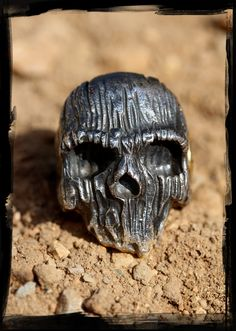 Chris Anderson skull ring (3)