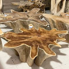 Rustic decor is as popular now as it has been for generations. Rustic style decor appeals to those who have … Tree Trunk Coffee Table, Driftwood Coffee Table, Tree Stump Table, Tree Table, Tree Stump Furniture, Driftwood Furniture, Log Furniture, Furniture Ideas, Western Furniture
