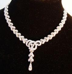 Buy now your glamour jewelry from www.FashionBazaar.nl