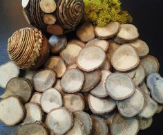 50 pack assortment of Oak Natural Tree Wood discs for Rustic  Wedding decor, holidays, name tags, Crafts, DIY projects. $20.00, via Etsy.