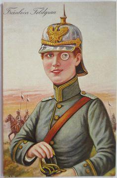 Fräulein Feldgrau mit Pickelhaube, sehr seltene Karte